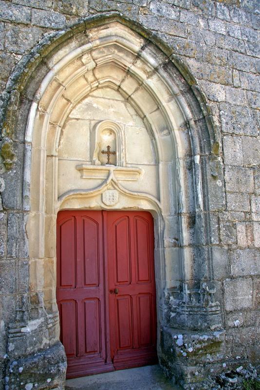 Saint-Basile porche de l'église