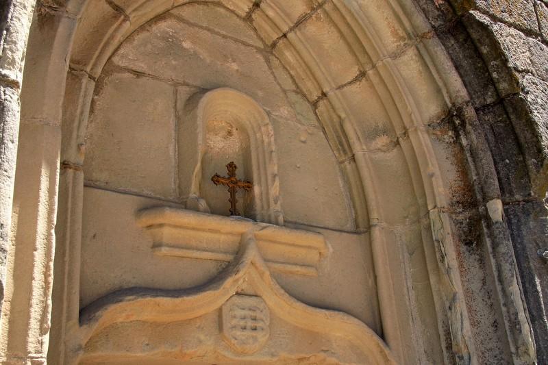 Saint-Basile fronton de l'église