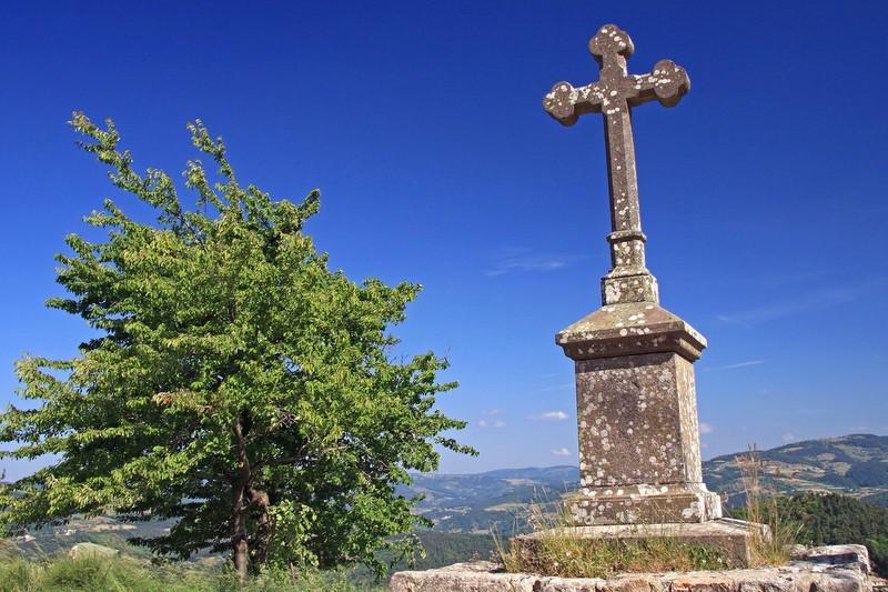 croix de la chapelle de Mounens