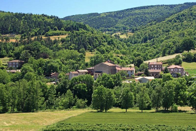 vue panoramique du hameau de Lapras